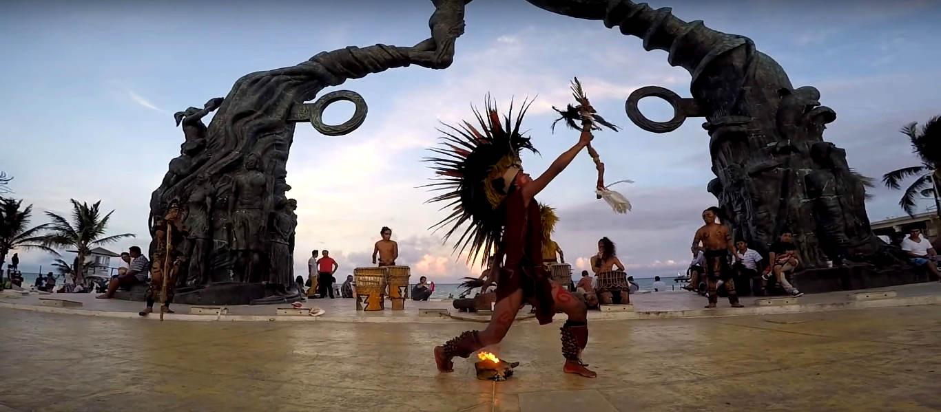 Danza del fuego en playa del carmen, danza del fuego en el portal maya