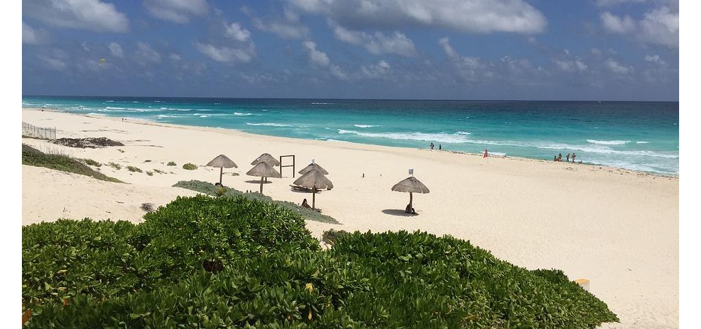 Vista de Playa Delfines, Vista de Playa Delfines Riviera Maya