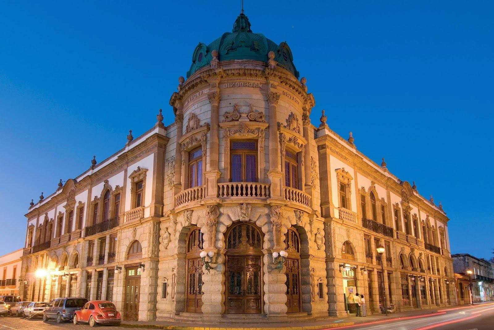 Teatro Macedonio Alcalá en Oaxaca, México